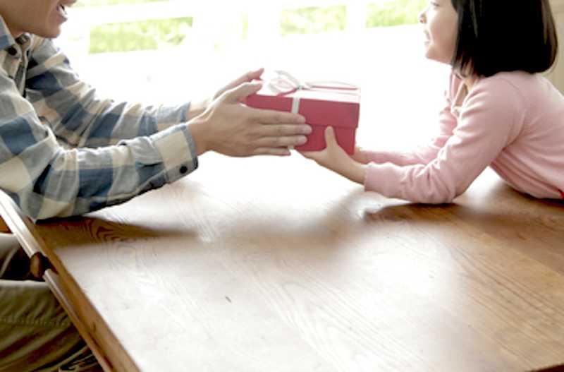21 お父さんに聞いた 父の日にほしいプレゼント人気ランキング Anny アニー